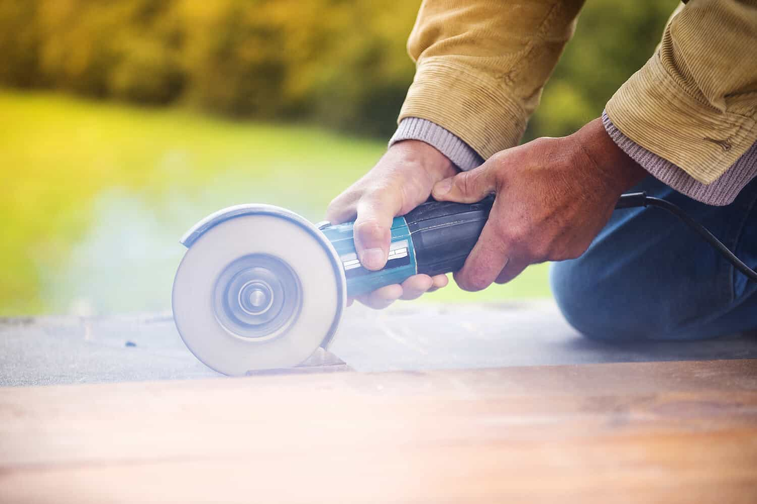 Saws wood efficiently with an angle grinder.