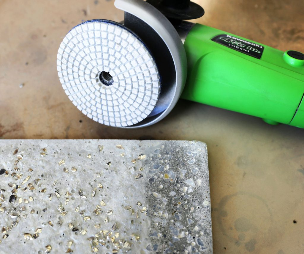 How to grind concrete with an angle grinder